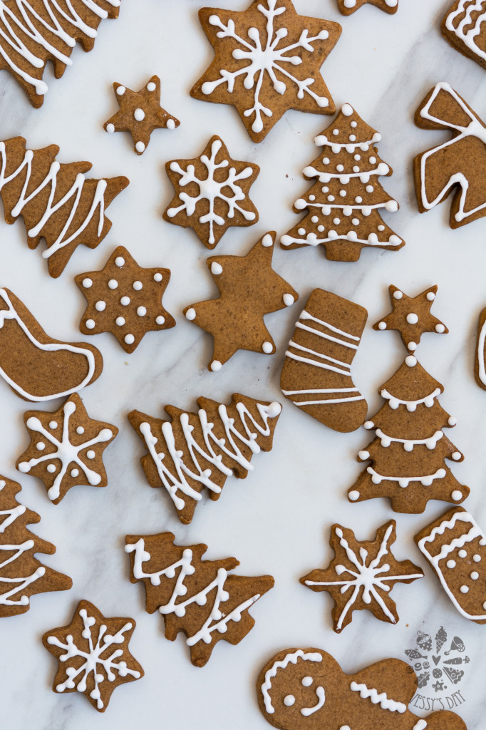Gingerbread Cookies - Chewy, Soft And Delicious