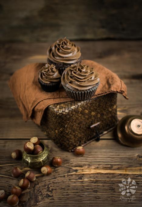 Hazelnut chocolate muffins-1