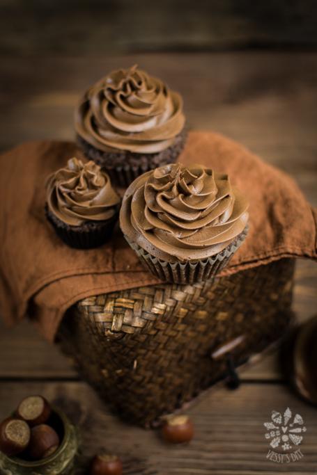 Hazelnut chocolate muffins-2