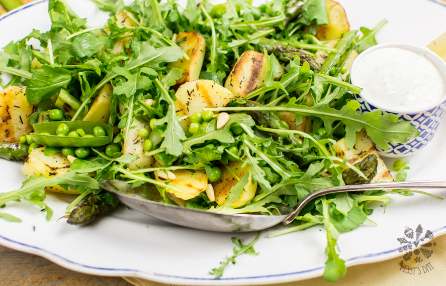 Potato salad with asparagus-2