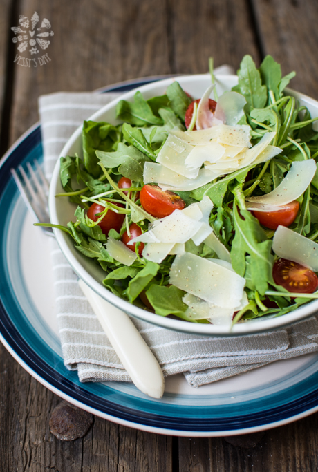 Arugula salad with parmigiano reggiano | Vessy's day