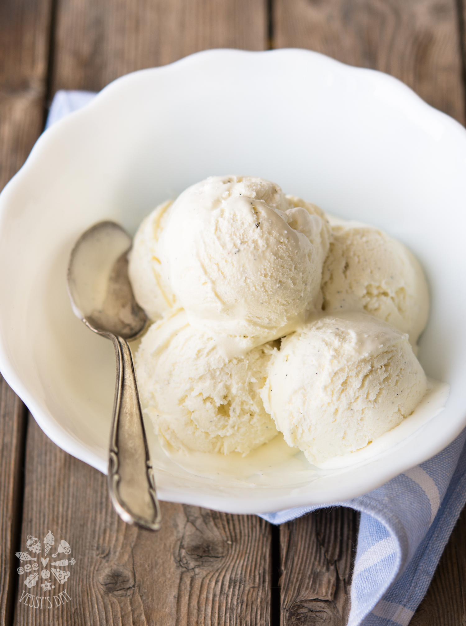 No churn vanilla ice-cream