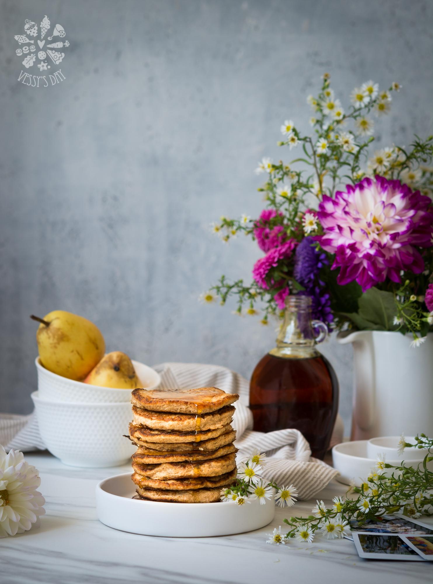Healthy banana pancakes (gluten free) | Vessy\'s day