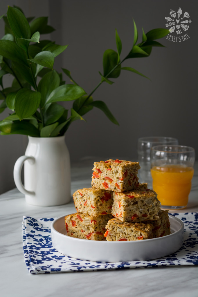 Breakfast oat veggie bars